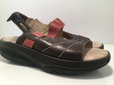 84bb4ecb9f98 MBT Ema Brown Chocolate Walking Sandals Womens Size 41 10