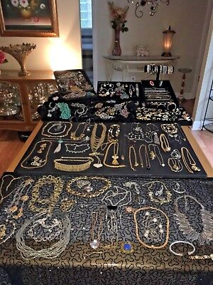 Huge Vintage Now Estate Some Signed Jewelry Lot 20 Piece