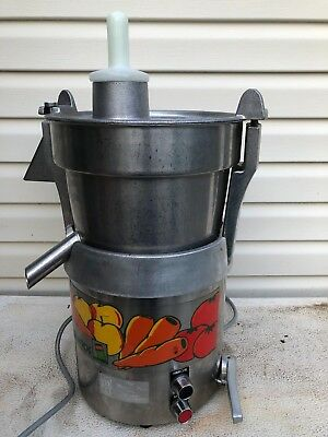 NICE Santos Pro Commercial Fruit and Vegetable Juice Extractor ~ MJ800 MIRACLE