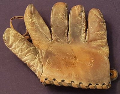 1920/30's - SPALDING - BASEBALL - GLOVE - MADE IN CANADA