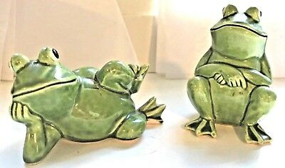 Vintage Salt and Pepper Shakers H928 Humorous Frogs