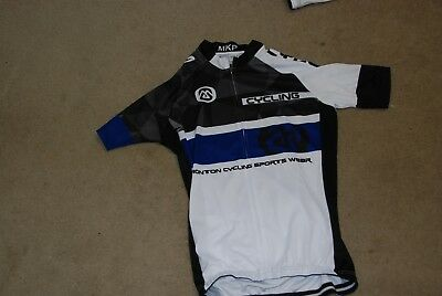 men's cycling kit - matching jersey and gel padded cycling shorts new never worn