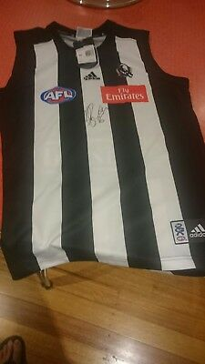 COLLINGWOOD MAGPIES  DANE SWAN  HAND SIGNED JUMPER front and back