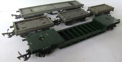TRI-ANG HORNBY Weltrol and Bolster Wagons x 5                             [6877]
