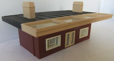 HORNBY RAILWAYS Station Building with Awning                              [7970]