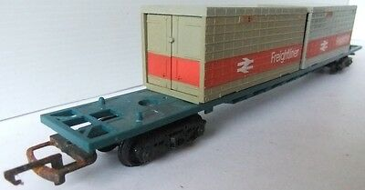 HORNBY RAILWAYS Container wagon with 2 Freightliner Containers