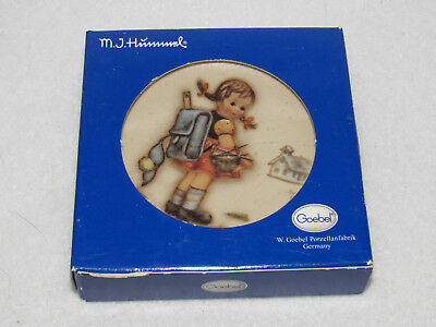 """school Girl"" 1995 M I Hummel 3"" Mini Plate - Hum 980 - Mib"