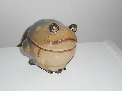 Uctci Frog Stoneware Box Vintage