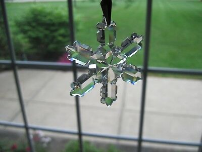 Very Nice 1992 Annual SWAROVSKI Crystal Snowflake Dated Ornament inc Box & Cert