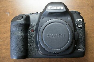 Canon 5D Mark II   Body Only plus 2x 64 GB CF Cards **8K SHUTTER**   Lens Issue