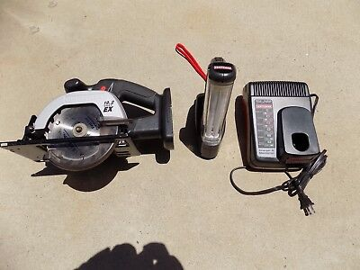Craftsman 5 1/2 In. 19.2 Volt Cordless Trim Saw W/ Flashlight& Lithium Charger