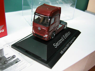 "Herpa H0 1:87 Art. 110471 MB Actros 2011 Zugmaschine ""Second Edition"""