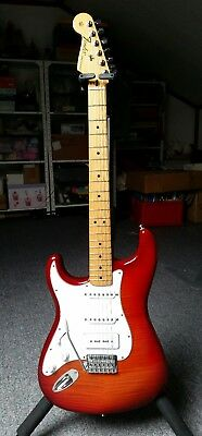Left Handed Fender Stratocaster Plus Top Mexican MIM with P90 pickup mint***