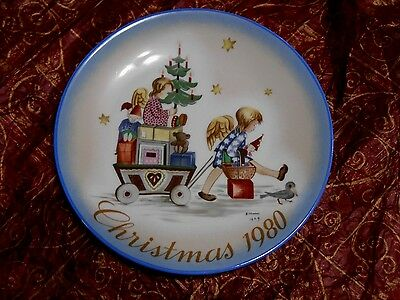 "Sister Berta Hummel Collectable Plate ""Parade into Toyland"" Christmas Schmid"