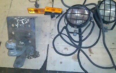 VAN COMBINED TOW BALL & PIN TOW BAR COUPLING.Lamps, plate, bolts, bundle,job lot