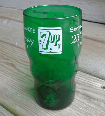 Vintage 7UP Green Drinking Glass 25th Aniversary 1936 - 1961 Milwaukee Wisconsin