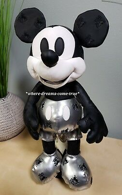 Disney Mickey Mouse Memories Steamboat Willie Plush January Limited Edition NEW