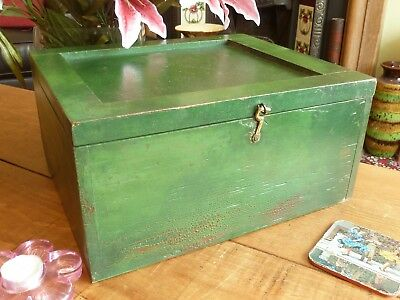 Distressed Patina Vintage Green Painted Wood Box Clean Storage Retro Industrial