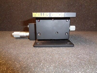 Melles Griot MicroBlock 1 Axis Device W/Micrometer Vertical Travel Only