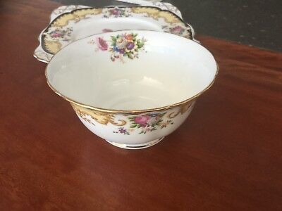 Tuscan Sugar Bowl  Lorraine Pattern English  Fine Bone China