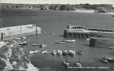 The Harbour and Bay Newquay Beach Vintage c.1962 Printed Posted Postcard 297