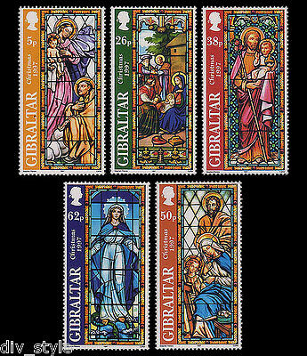 Christmas 1997 Gibraltar set of 5 mnh stamps Stained Glass Windows #740-4
