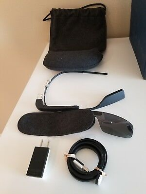 Google Glass Explorer Edition (XE-C), Charcoal Color with accessories