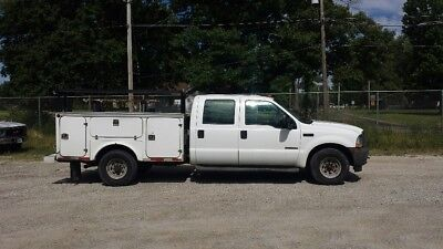 2004 Ford Crew Cab 7.3 Diesel with Fiberglass Utility Body