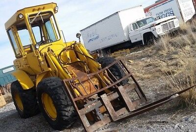 John Deere 544A Front end wheel loader with forks