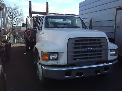 "1995 Ford F-350  1995 Ford 22"" Flat Bed Power Lift Gate"
