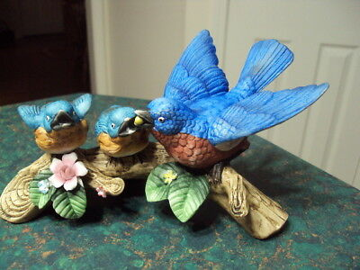 """Blue Bird """"Mama & Two Baby Birds"""" Porcelain Figurine Made In Japan Marked Rown"""