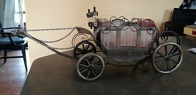 Vintage Scotch Carriage Decanter Serving Bar Set With Shot Glasses Music Box