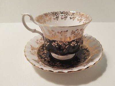 Royal Albert footed teacup and saucer