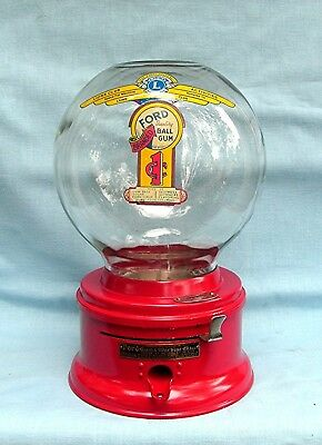 Penny or  1c   Glass globe Ford Gumball Machine with Lions Club Decal