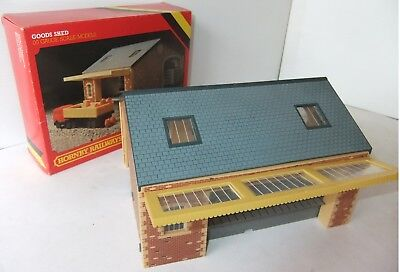 HORNBY RAILWAYS R506 Goods Shed (Boxed)                                   [8127]