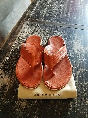 9d183a3b9171 LOUIS VUITTON MEN S Thong Sandal LV size US 9 1 2 Flip Flops ...