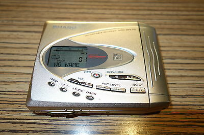 Sharp MD SR75    . Minidisc MD Player / Recorder  (067) Silber + Beule