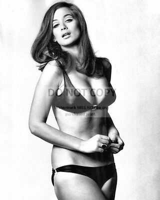 AZ648 ACTRESS VALERIE FRENCH PIN-UP 8X10 PUBLICITY PHOTO