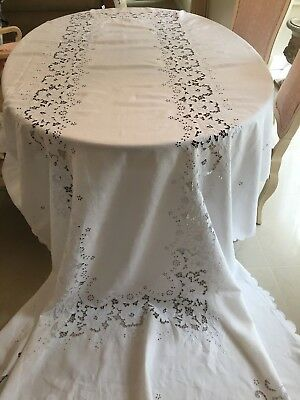 "FAB HUGE Vtg MADEIRA Linen Tablecloth 135x69"" Hand Embroidered Elaborate Cutwork"