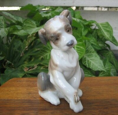 Lladro #6211 New Friend Puppy Dog with Snail Porcelain Figurine