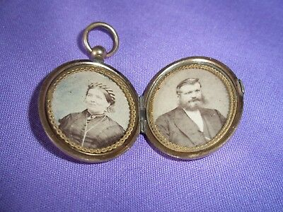 Antique World War 1 Rolled Gold Sweetheart Double Photo Locket.