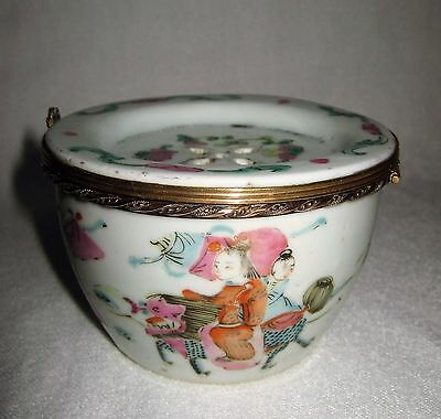Antique Chinese Hinged Lid Famille Rose Cricket Pot