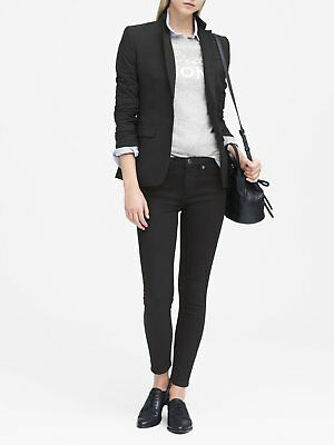 NWT Banana Republic Long and Lean-Fit Lightweight Two-Button Blazer, Black, sz 8
