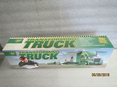 BP 1997 Collector's Edition Transforming Truck-NEW in BOX