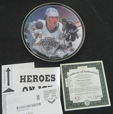 """Heroes On Ice """"The Great Gretzky"""" Plate by Artist Ron DeFelice"""