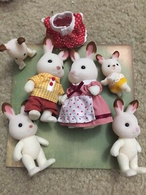 Calico Critters Hopscotch/Chocolate Rabbit Family Used