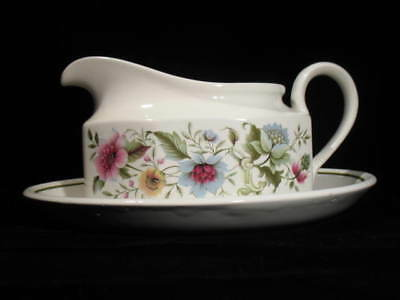 """Ridgway gravy boat """"Springsong"""" with under plate tray - hard to find"""