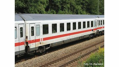 ROCO-64909-1st class express train passenger car (HO SCALE)