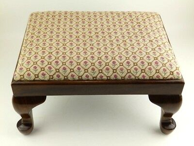 Vintage Queen Anne/Victorian Style Floral Needlepoint Footstool/Stool Bench