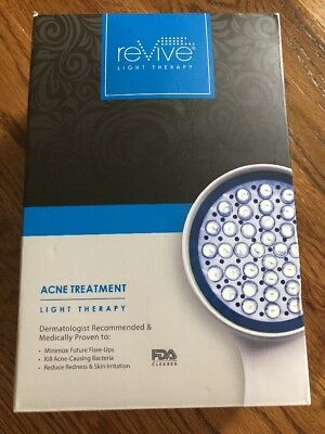 NIB Revive Light Therapy Acne Treatment RVACSYS LED With Goggles